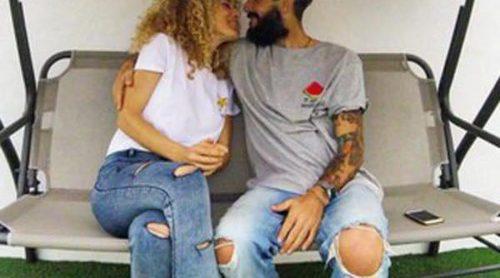 Juanma y Azahara derrochan pasión y amor: así celebran su primer San Valentín