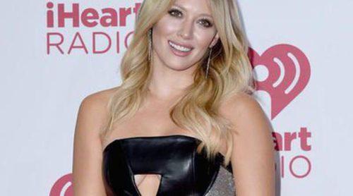 Hilary Duff se divierte con el hombre de su vida, su hijo Luca