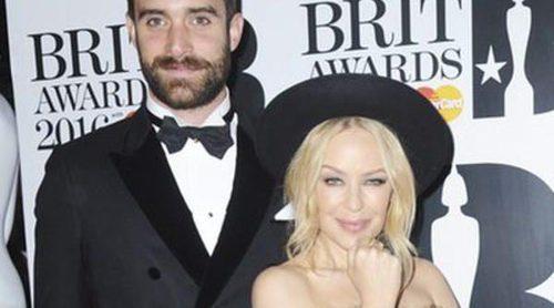 Kylie Minogue y Joshua Sasse y Emma Bunton y Jade Jones, las parejas de los Premios Brit 2016