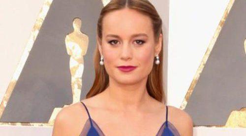 Brie Larson se alza con el Premio Oscar 2016 a Mejor actriz por su papel en 'La habitación'