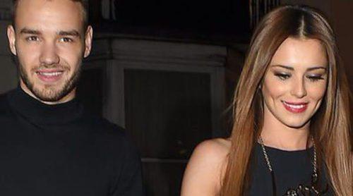 Liam Payne y Cheryl Cole salen a cenar cogidos de la mano y en compañía de la madre de la cantante
