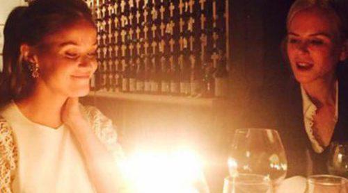 Reese Witherspoon presume de su amistad con Sofia Vergara y Sarah Michelle Gellar en su 40 cumpleaños