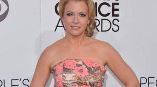 Melissa Joan Hart ('Sabrina, cosas de brujas') presume de pérdida de peso convertida en vigilante de la playa