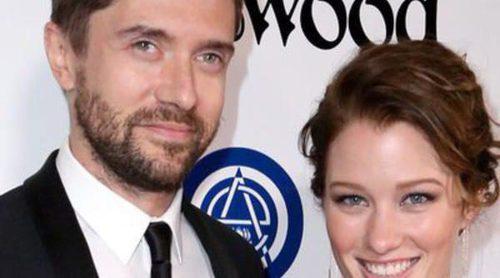 Topher Grace y Ashley Hinshaw se casan en una ceremonía íntima, aunque llena de famosos