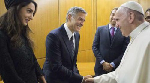 George Clooney, Amal Alamuddin, Salma Hayek y Richard Gere conocen al Papa Francisco