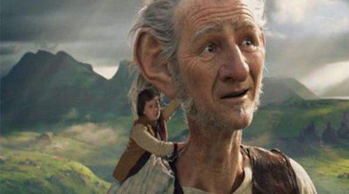 Julia Roberts, George Clooney y Steven Spielberg vuelven a los cines y Dory repite en el Nº1