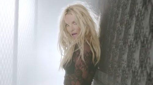 Britney Spears, espectacular y muy bien rodeada en el videoclip de su nuevo single 'Make Me'