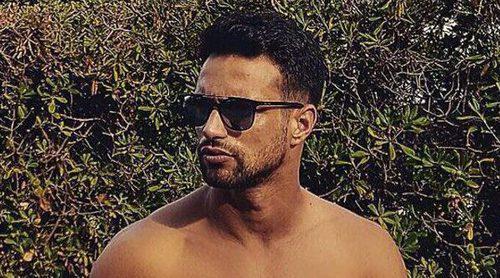Jesús Castro presume de abdominales mientras exprime al máximo lo poco que le queda de vacaciones