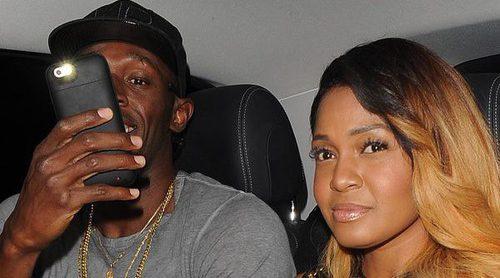 Usain Bolt pasa de sus escándalos sexuales yéndose de fiesta con otra mujer en Londres