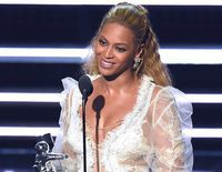 Beyoncé arrasa en los MTV Video Music Awards 2016 al ganar 8 premios