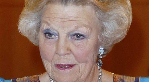 Beatriz de Holanda se echa novio a los 78 años: vuelve a enamorarse 14 años después de enviudar