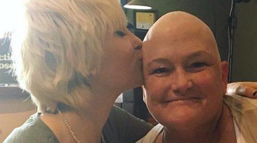 Paris Jackson apoya a su madre Debbie Rowe en su lucha contra el cáncer: 'Te quiero mamá'