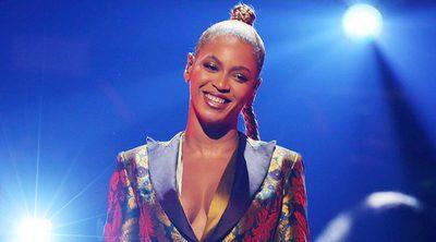 Beyoncé sufre un percance en pleno concierto en Nueva York: empieza a sangrarle una oreja