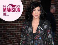 Caballerizas, piscina y pista de tenis: así es la mansión de Cher en Beverly Hills que vende por 85 millones