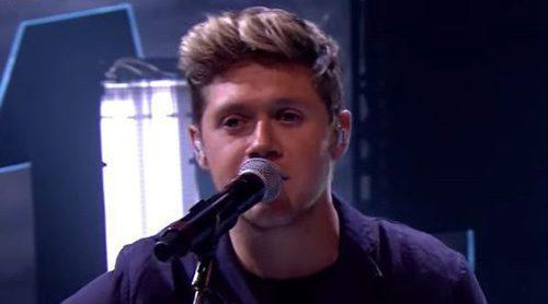 Niall Horan canta por primera vez solo en directo su single 'This Town' con fallo de sonido incluido