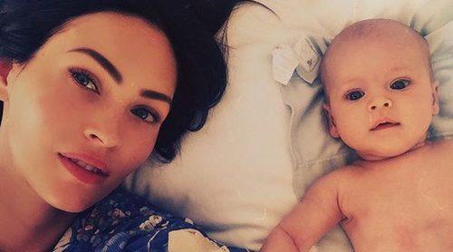 Megan Fox comparte la primera fotografía de su tercer hijo Journey River