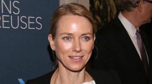 Naomi Watts acude al estreno de la última obra de su ex Liev Schreiber