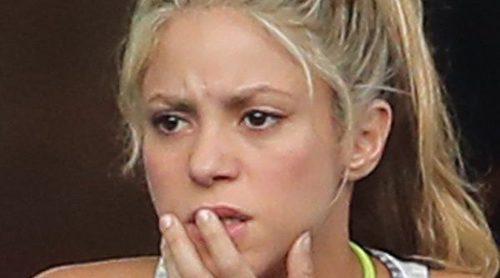 Shakira cancela su presencia en los Grammy Latinos y los AMAs por la enfermedad de su hijo