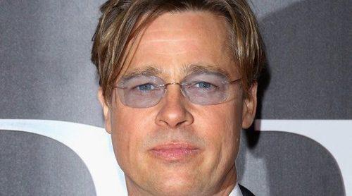 Brad Pitt reaparece públicamente mes y medio después de anunciar su divorcio de Angelina Jolie