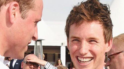 Eddie Redmayne confiesa que ha visto desnudo y borracho al Príncipe Guillermo en sus tiempos en Eton