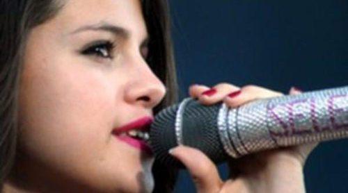 Selena Gomez, David Bisbal y Ricky Martin dan un concierto solidario en México