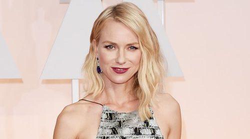Naomi Watts rompe su silencio sobre cómo está llevando su divorcio de Liev Schreiber