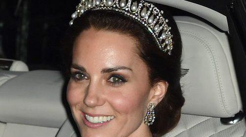 Kate Middleton roba el protagonismo a la Familia Real al recordar a Lady Di en la recepción diplomática