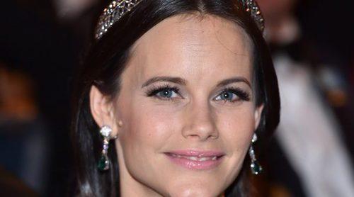 La sorpresa de los Nobel 2016: Sofia Hellqvist cambia por fin de tiara gracias a Victoria de Suecia