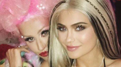 Kylie Jenner vuelve a disfrazarse de Christina Aguilera: En esta ocasión para el cumpleaños de la cantante