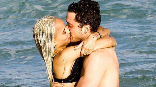 Zoë Kravitz celebra la Navidad derrochando pasión en Miami con su nuevo novio