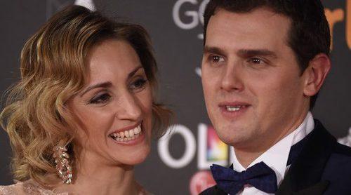 Albert Rivera asiste a los Premios Goya 2017 acompañado de su novia Beatriz Tajuelo
