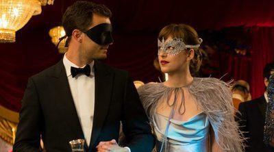 'Cincuenta Sombras más Oscuras' llega a una taquilla que sigue dominada por 'Multiple'