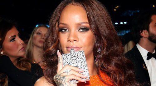 Rihanna con petaca en mano: Así de bien se lo pasó durante la gala de los Premios Grammy 2017