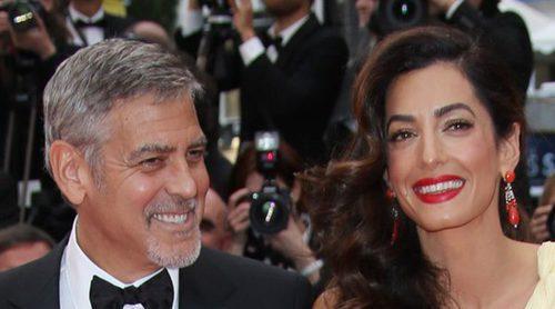 Una inocente indiscreción revela oficialmente el sexo de los gemelos que esperan George Clooney y Amal Alamuddin