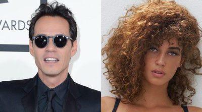 Marc Anthony estrena romance tras divorciarse de Shannon de Lima