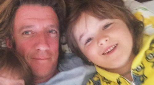 Nicolás Vallejo-Nágera disfruta de una escapada con su hijo por España entre familia y amigos