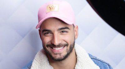 El apasionado beso de Maluma a una fan en pleno concierto