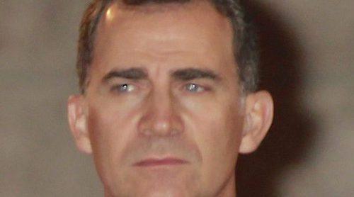 El Rey Felipe, la otra víctima de las aventuras del Rey Juan Carlos: 'Ha sufrido mucho'