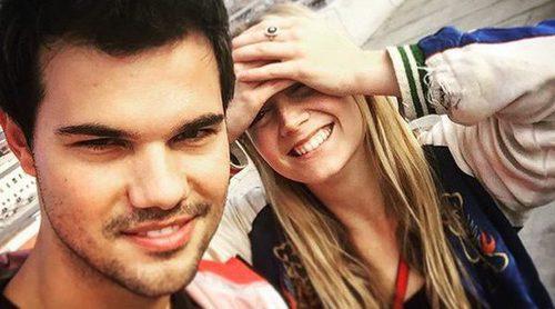 Taylor Lautner y Billie Lourd disfrutan juntos de la primavera rodeados de amapolas