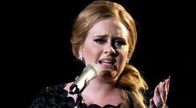 Adele sorprende a sus fans en pleno concierto afirmando que quizás no vuelve a pisar los escenarios