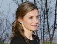 Las dos alegrías y dos penas de la Reina Letizia: un funeral, la 'república', un cómico encuentro y un viaje
