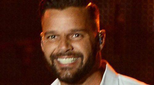Ricky Martin desata la locura entre sus fans tras aparecer completamente desnudo en un vídeo