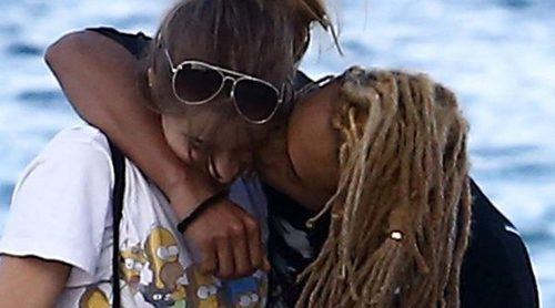 Jaden Smith y Sarah Snyder: dos romanticones en las playas de Malibú