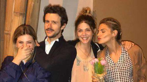 Amaia Salamanca echa de menos a Diego Martín, Manuela Velasco y Miriam Giovanelli, su eje del mal de 'Velvet'