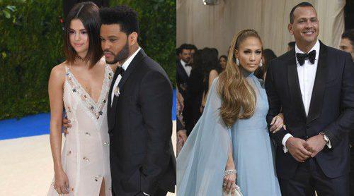 Amor en la Gala del MET 2017: De Selena Gomez y The Weeknd a Jennifer Lopez y Alex Rodriguez