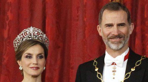 El detalle del Duque de Edimburgo con los Reyes Felipe y Letizia tras 36 años de desplantes