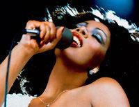 5 años sin Donna Summer, la reina de la música disco