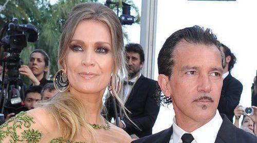 Antonio Banderas y Nicole Kimpel derrochan amor y ternura en el Festival de Cannes 2017