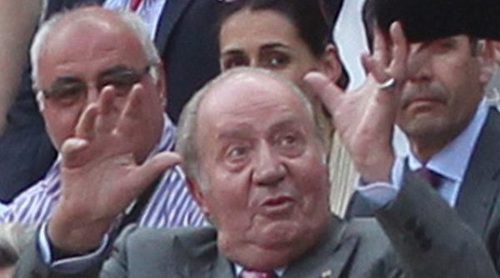 El Rey Juan Carlos va a los toros con Froilán para no ir de funeral con los Calabria ni con la Reina Sofía