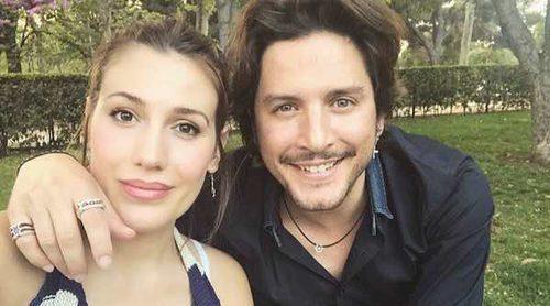 Manuel Carrasco y Almudena Navalón han sido padres de una niña